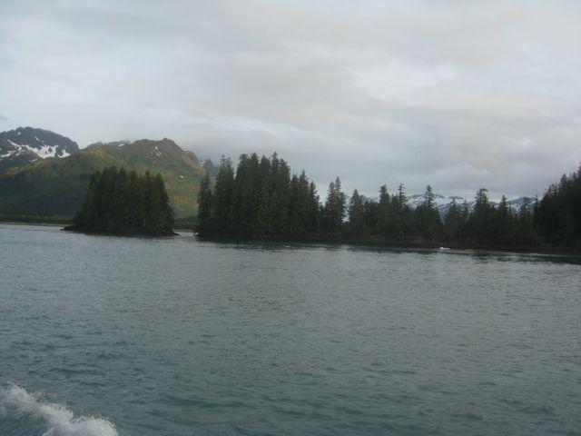 approaching Nuka Pass